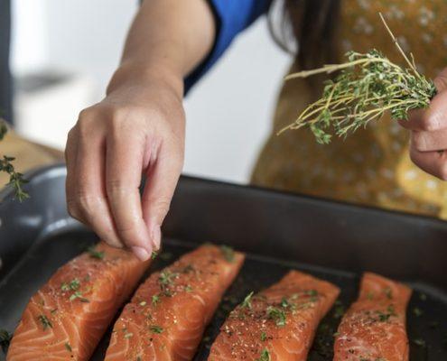 Cuina a l'Ateneu peix